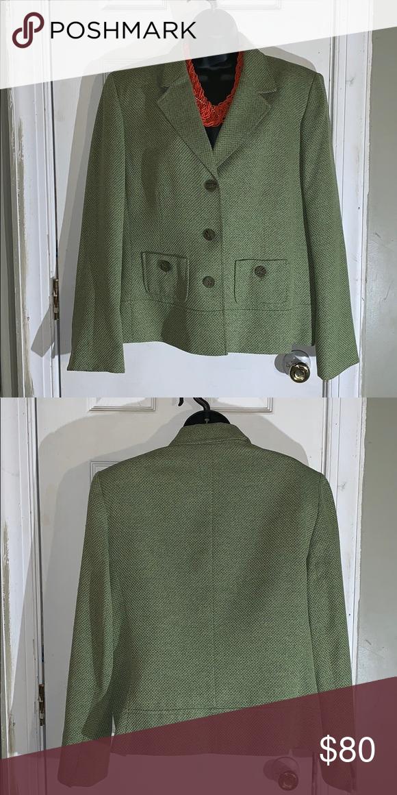 Green blazer ❤️