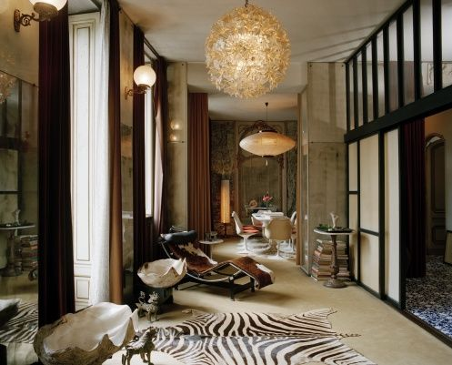 Awesome Carlo Mollinou0027s Apartment In Turin, Italy. In Front Chaise Longue By Le  Corbusier,