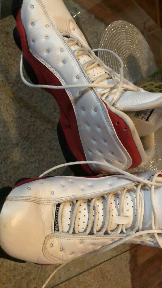 b2c9dd0f1413 Nike Air Jordan 13 Retro Chicago Size 9 White Black Cherry Red GREAT  CONDITION!