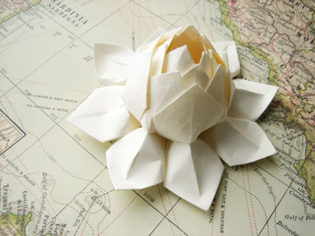 Bhldn Origami Wedding Origami Lotus Flower Paper Flowers