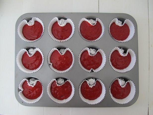 Make Heart-Shaped Red Velvet Cupcakes for Valentine's Day >> http://blog.diynetwork.com/maderemade/2014/01/21/five-easy-crafts-valentines-day?soc=pinterest