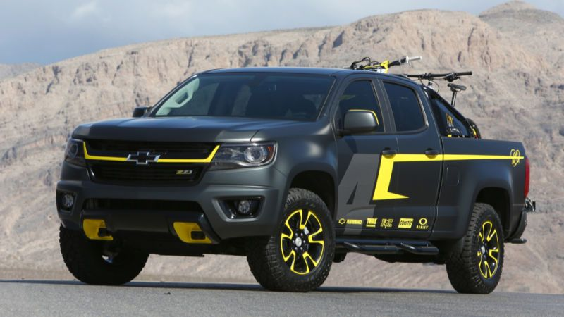 Gm Knows The 2015 Chevy Colorado Looks Cooler Without That Chin
