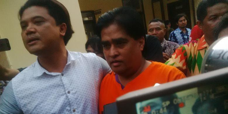 Bupati Probolinggo Penangkapan Dimas Kanjeng Momen yang Ditunggu-tunggu - KOMPAS.com