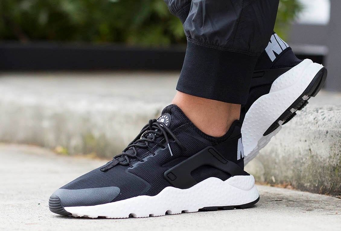 Nike Air Huarache Ultra: Black