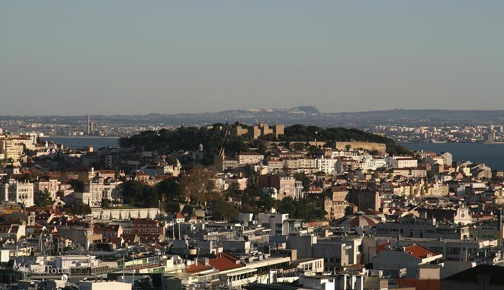 """InterContinental Lisbon er bedømt til """"Enestående"""" af vores gæster. Kig i vores billedbibliotek, læs anmeldelser fra hotelgæster og book med vores prisgaranti. Hvis du tilmelder dig vores e-mailnyhedsbrev, får du desuden besked, når vi har eksklusive tilbud og udsalg kun for vores abonnenter."""
