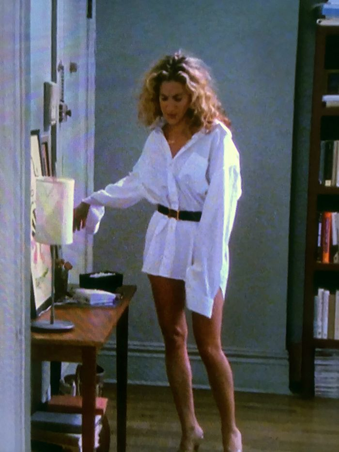 5 At-Home Outfits Carrie Bradshaw Would Definitely Wear
