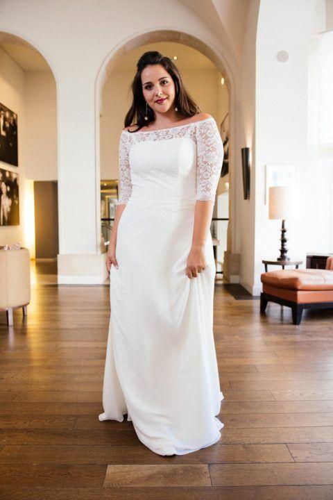 d3d89fde84f Brautkleid mit Spitzenärmel. Unsere Pola ist eines der beliebtesten  Hochzeitskleider in großen Größen. Wen
