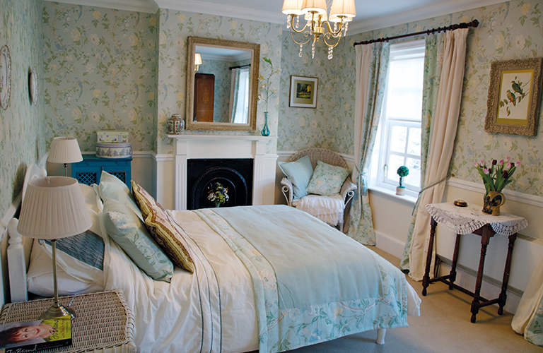 georgian bedroom style interior - Google Search | Georgian Room ...