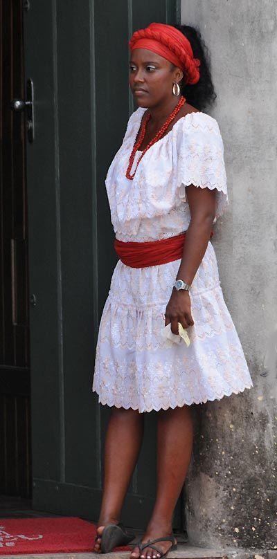 Bahiana: Woman in traditional dress. Salvador da Bahia