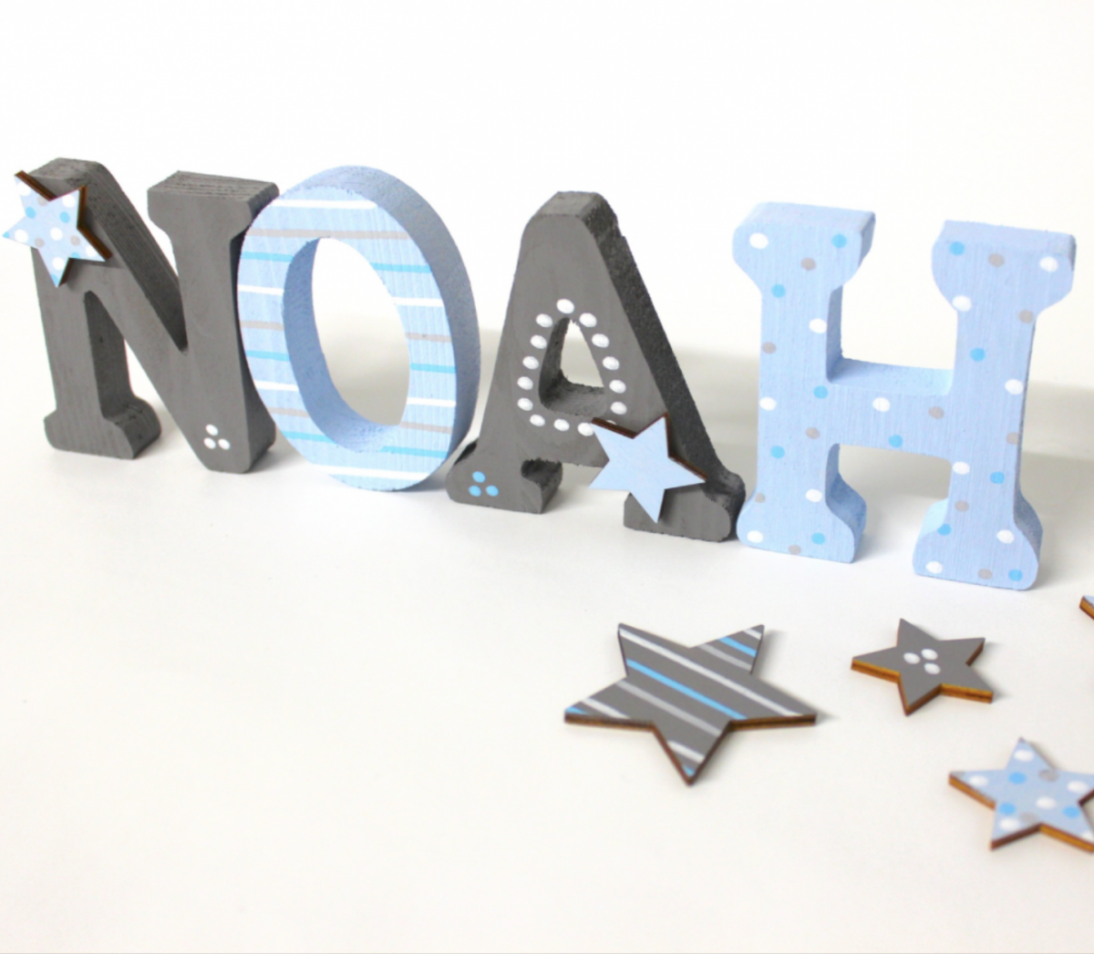 24 Kinderzimmer holzbuchstaben