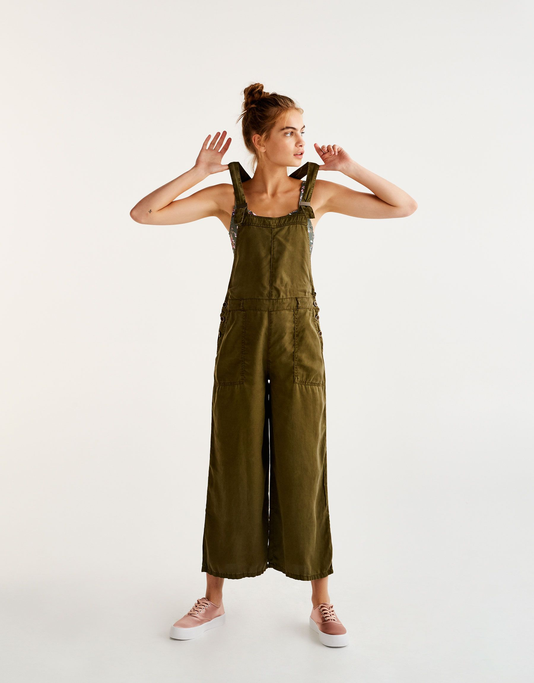 Pull Bear Woman Clothing Dungarees Amp Jumpsuits Oversized A Line Dungarees Khaki 09639320 I2017 Clothes Clothes For Women 90s Fashion