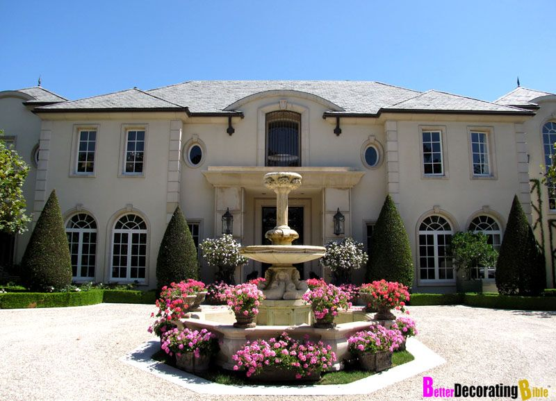 Celebrity homes real house wife lisa vanderpump s beverly for Beverly hill mansions for sale