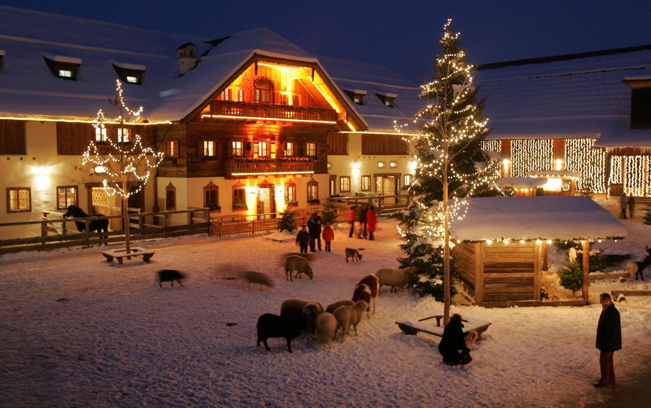 Weihnachtsmarkt Weihnachtsmarkt Auf Gut Aiderbichl Adventmarkt