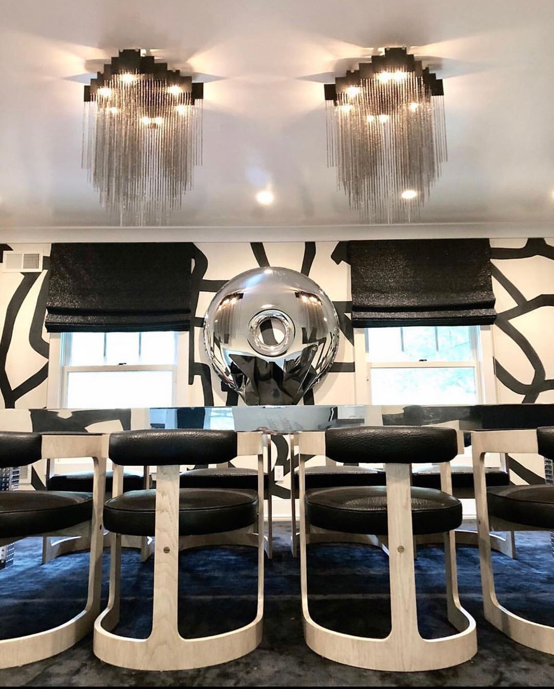 "MELANIE MORRIS INTERIORS on Instagram: ""MMI • Dining room designed by @melaniemorrisinteriors ••• . . . . #mmi #diningroomdecor #diningroomdesign #resintable #gabrielscott…"""
