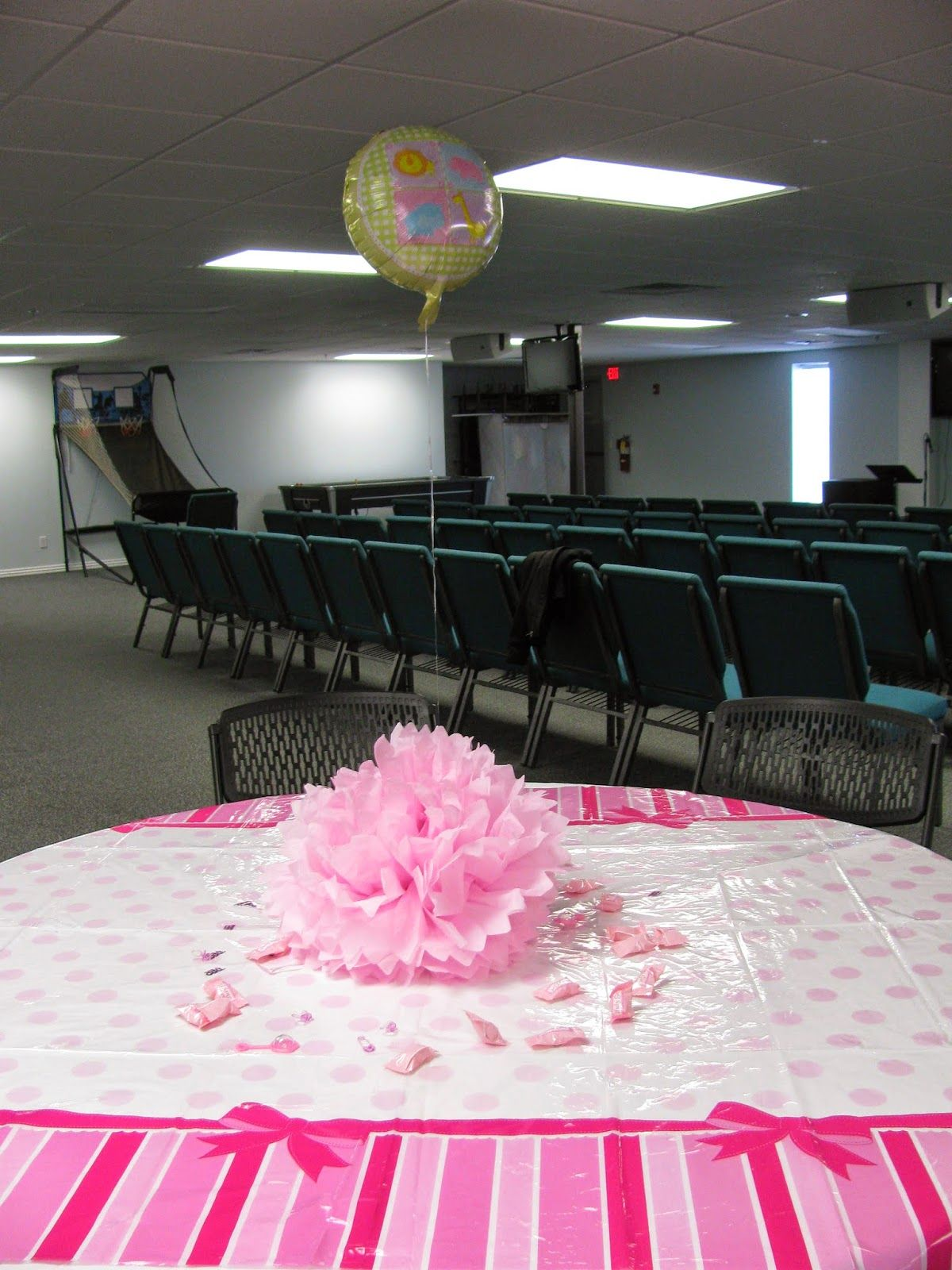 Miranda's Great Finds pink elephant baby shower decorations