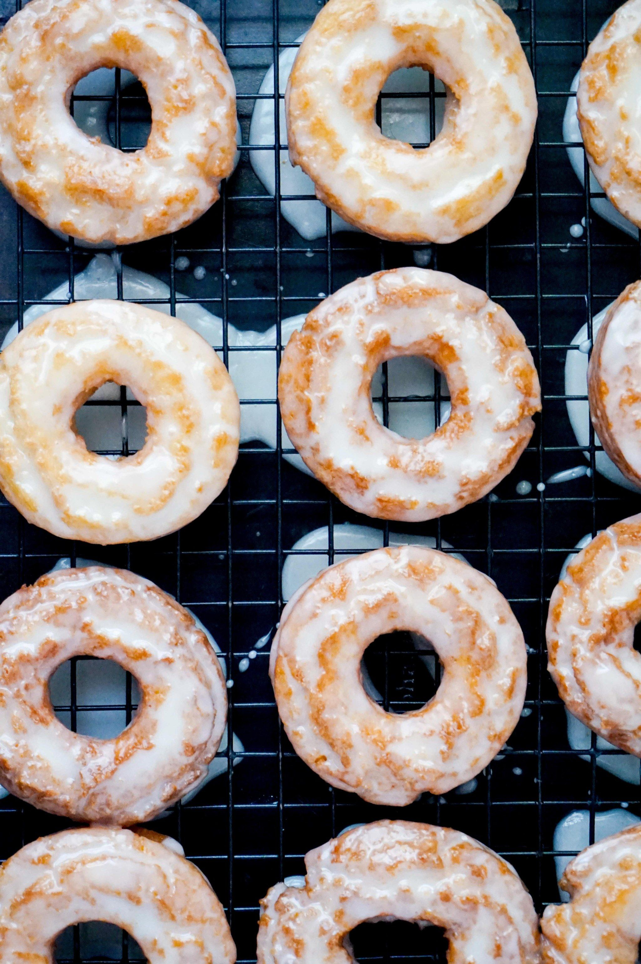 Forget Dunkin This Sour Cream Donut Recipe Is Giving Us Life Sour Cream Donut Cream Donut Recipe Dunkin Donuts Copycat Recipe