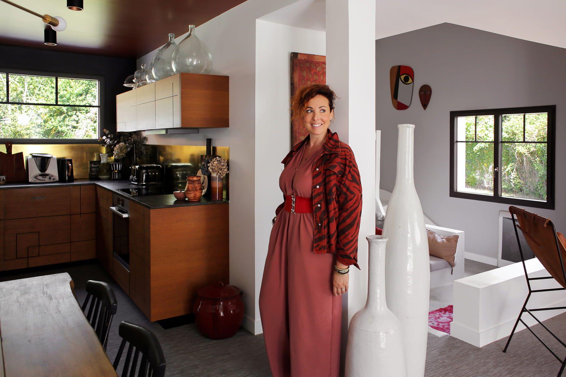 Anne Sophie Bidart Inside Closet En 2020 Meuble Chambre A Coucher Petit Meuble Deco Maison