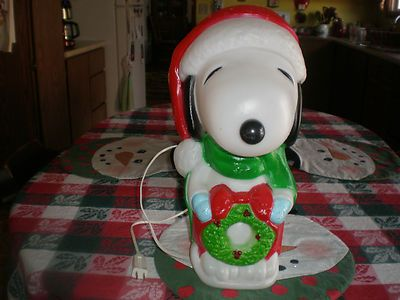 Christmas Blowmold Snoopy Peanuts Dog Santas Best Light up Yard