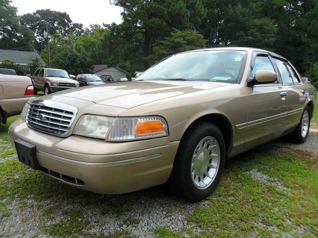 This Is A Gold 2000 Ford Crown Victoria Lx With 184994 On Sale For