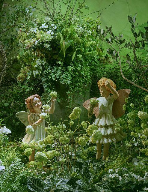 Fairies In The Garden Fantasy Fairy Fairy Garden Fantasy