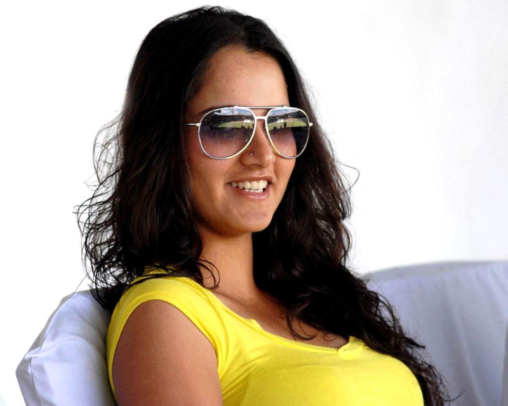 Sania Mirza Hd Wallpapers Shriya Pinterest Wallpaper Tennis