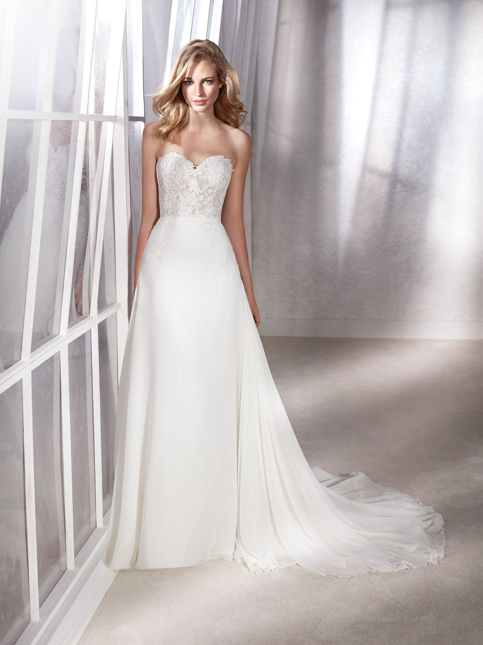 FILIPA. Backless mermaid wedding dress with sweetheart neckline | St ...