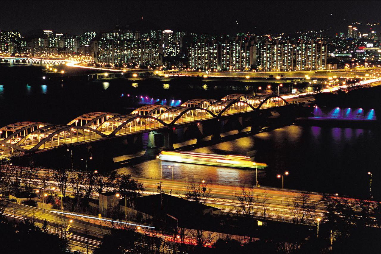 [한강] 한강 야경 / [Han River] Night View of Han river, Seoul ※ [사진제공_한국관광공사] 본 저작물의 무단전제 및 재배포를 금합니다. copyright ⓒ by Korea Tourism Organization / All pictures can not be copied without permission.