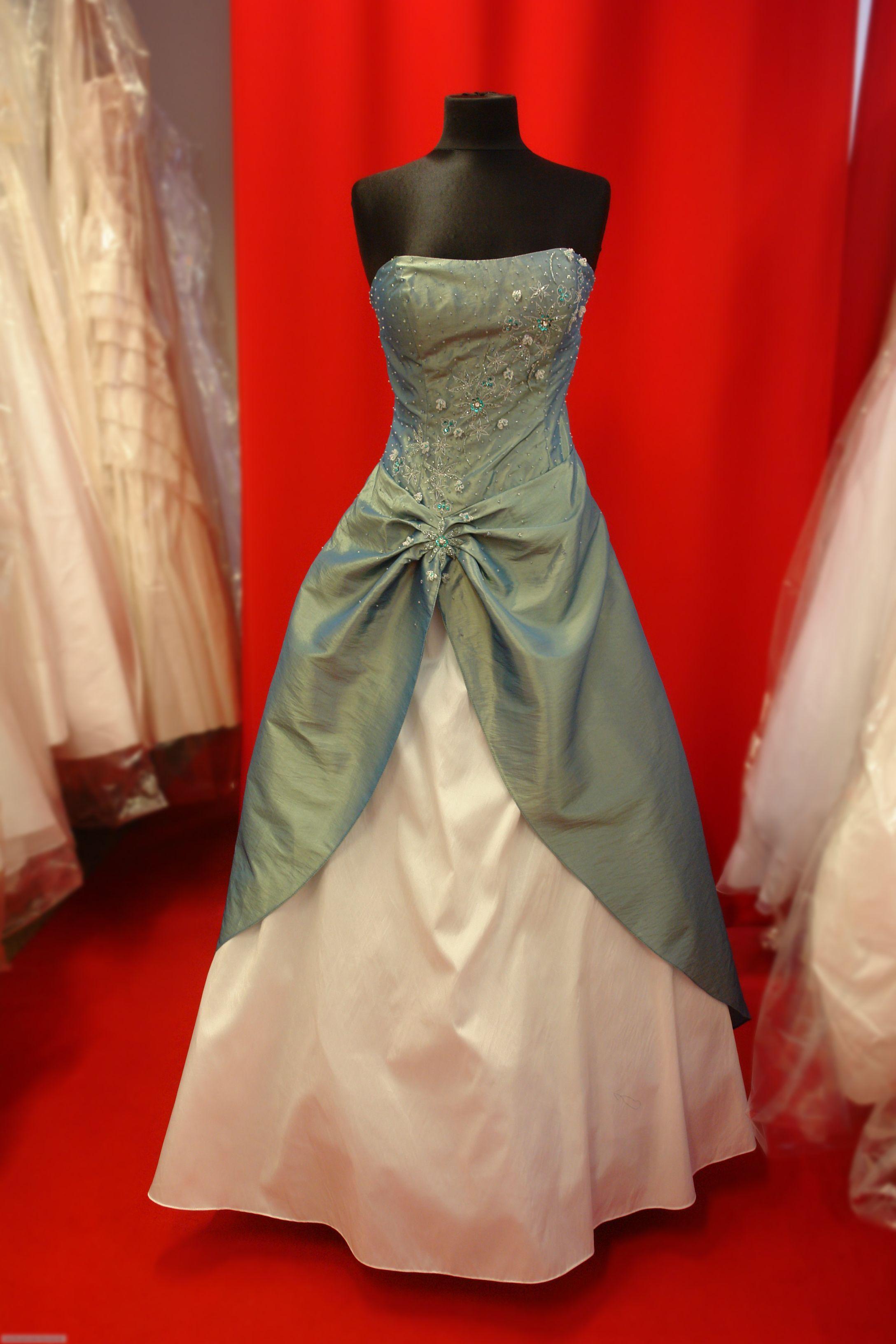 Brautkleid | brautkleid discount | Pinterest | Clothing and Bodies