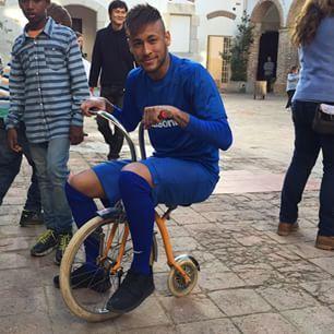 """""""Rolê com meu camelinho neurótico ! Part 2 #vidaloka #bikezika #pegatoiss"""" neymar jr via instagram 12/03/15 ♥"""