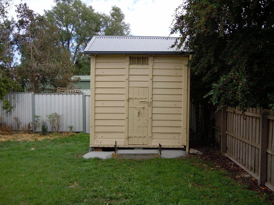 Penshurst (Southern Grampians) Portable Police Cell. #twistedhistory  #murder #police #