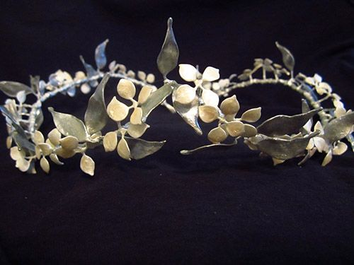 Lucys Crown Diy By Narniac Made With Paint And Wire Narnian
