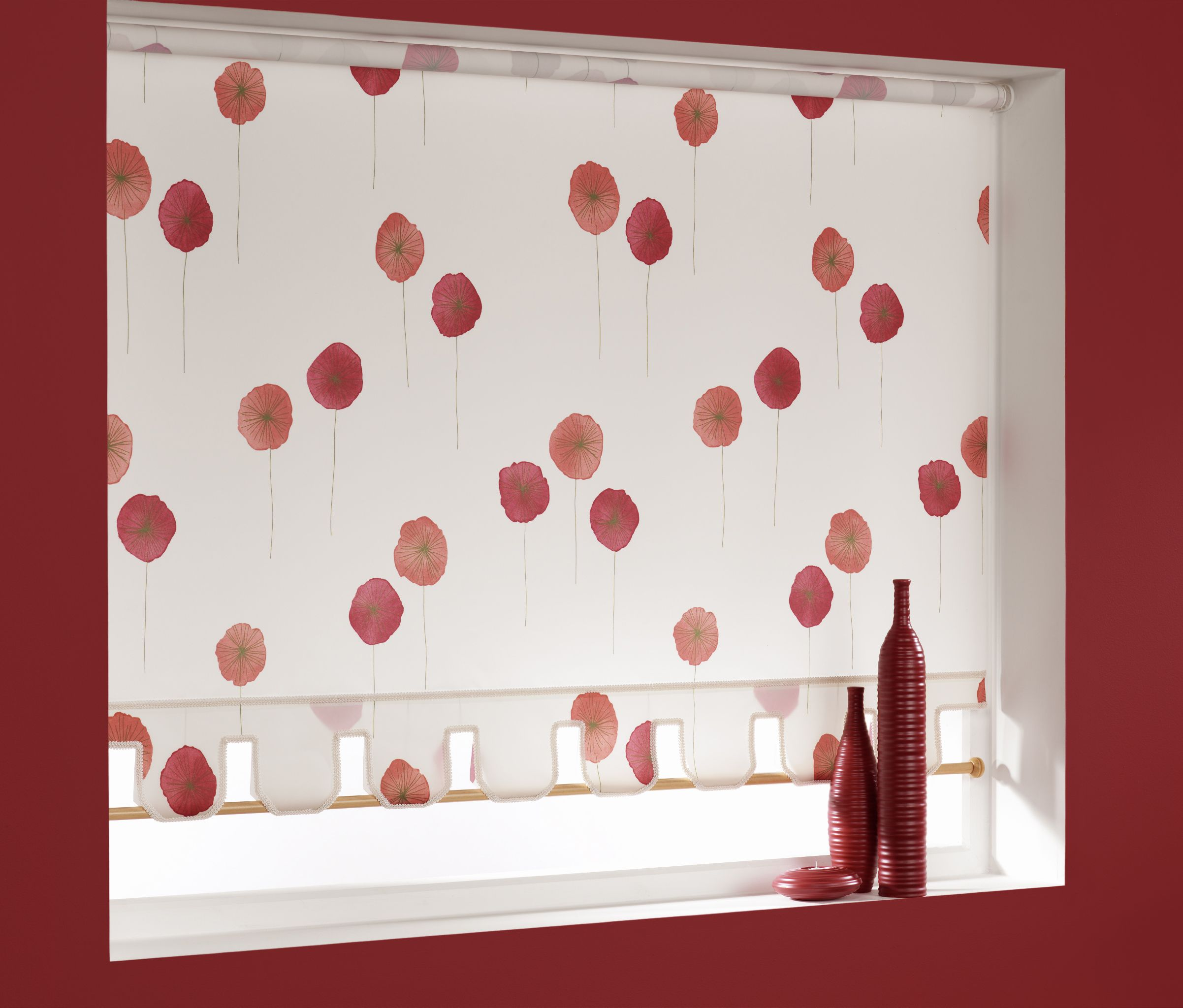 Red and cream poppy blinds