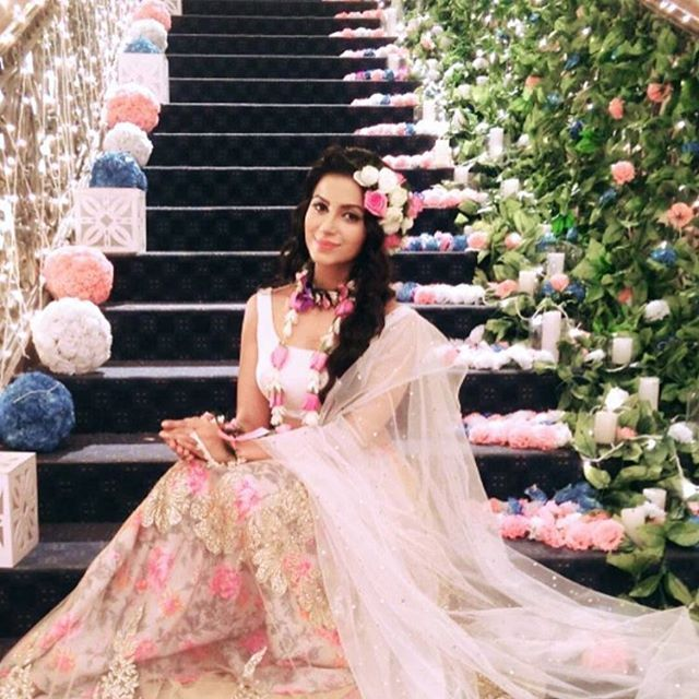 Image result for subha rajput in pink ishqbaaz