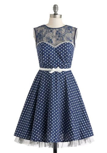 14f045aa726 Vintage Polka Dot Dresses - 50s Spotty and Ditsy Prints in 2019 ...