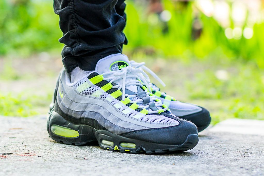 2010 Air Max 95 Neon On Feet Sneaker Review Classic Colorway