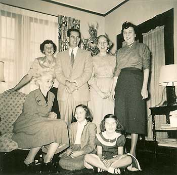 Christmas morning at the Welty House! (Eudora Welty House)   Eudora welty, Eudora, Book art