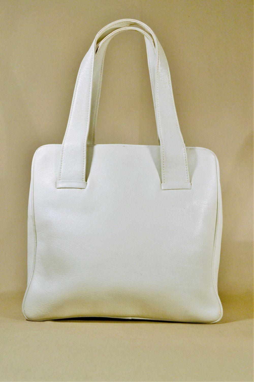 a0c2957af8f Vintage White Leather Bag, Handbag, Office Bag, Lady Bag, Handcarrier door  AllVintageBags op Etsy