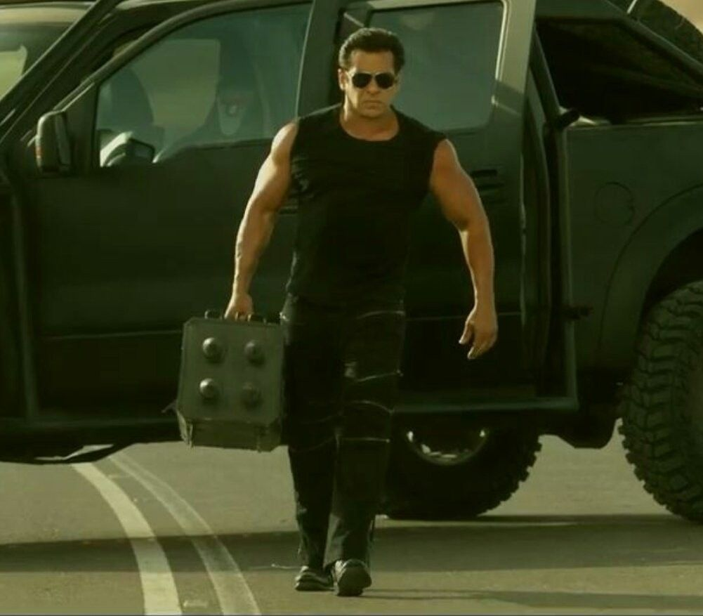 Race 3 Movie Salman Khan Hd Wallpapers Download At