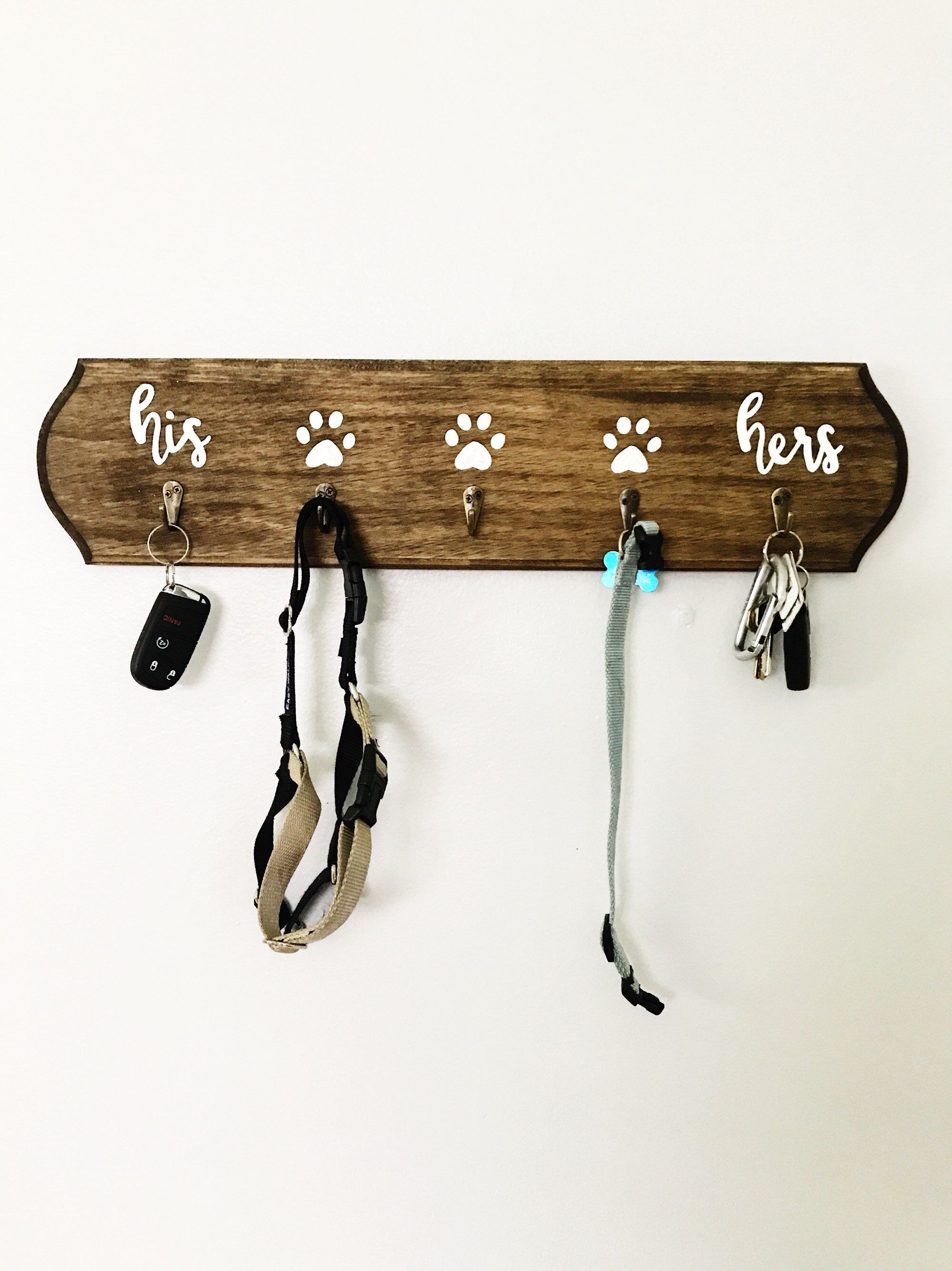 in pin decorative decor balinese bhldn closet hangers carved cor picture wood at treats gifts d artistic hanger