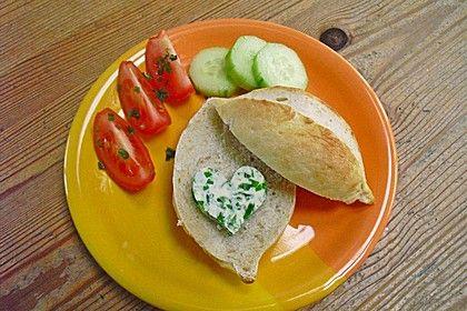http://www.chefkoch.de/rezepte/523671148717273/Broetchen-wie-vom-Baecker.html