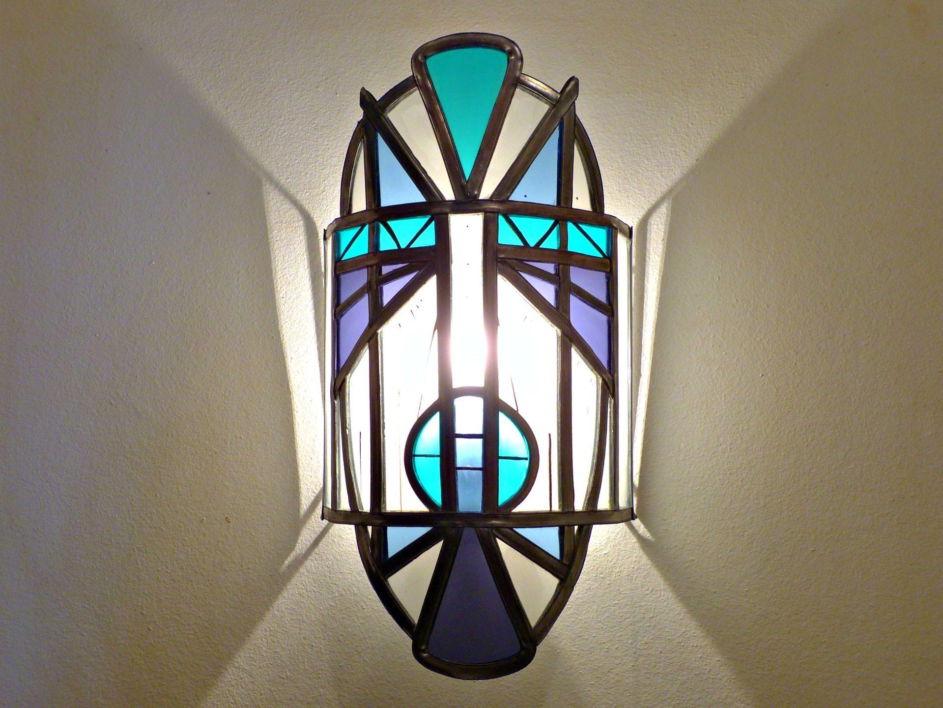 Applique luminaire vitrail masque turquoise bleu et violet