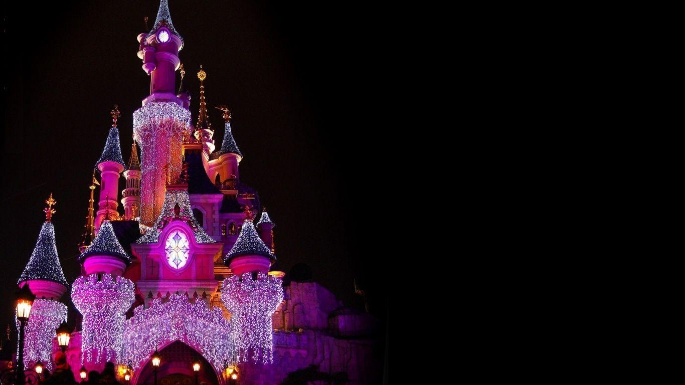 Disney Castle In 1366x768 Resolution Hd Desktop Wallpapers Disney World Walt Disney Pictures World Wallpaper