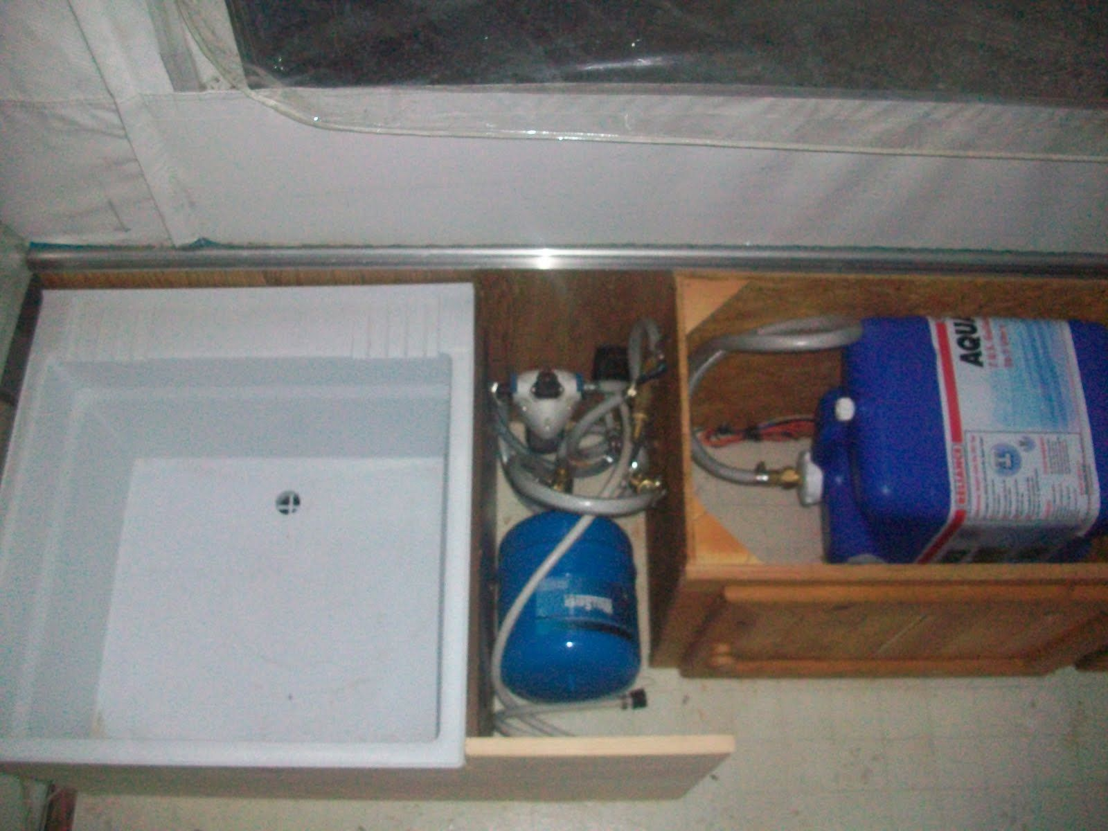 rv showers | This shows the plumbing setup: | Life on the road ...