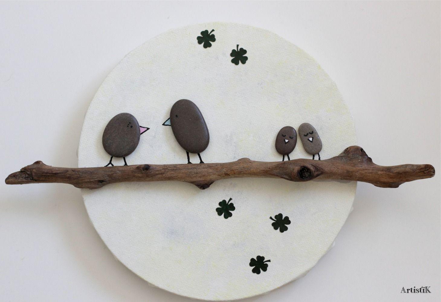 Tableau rond bois flotté galets oiseaux fond lune pastel dessin ...