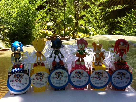 Super Sonic Hedgehog Birthday party favors by angilee123 on Etsy, $22.50