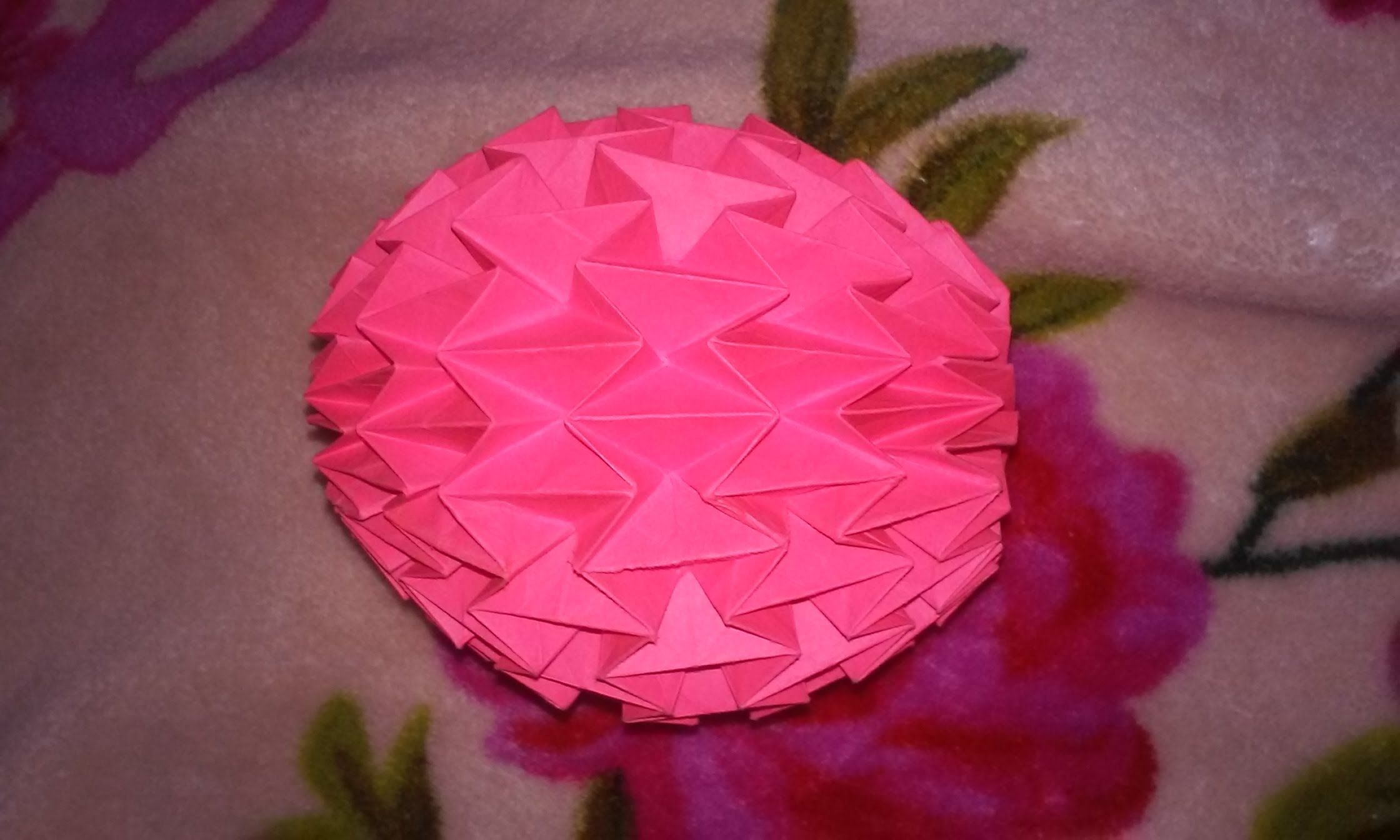 How to Make an easy origami ball « Origami :: WonderHowTo | 1344x2240