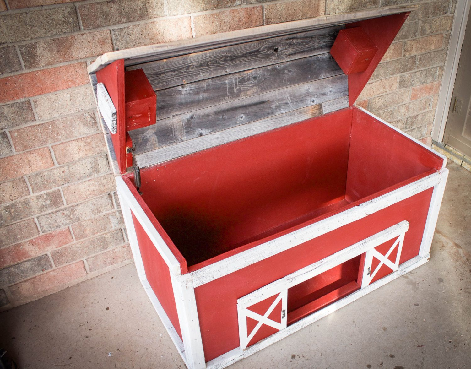 Pin By Kayla Hickey Mcneese On Home Ideas With Images Wood Toy Box Toy Barn Wood Toys