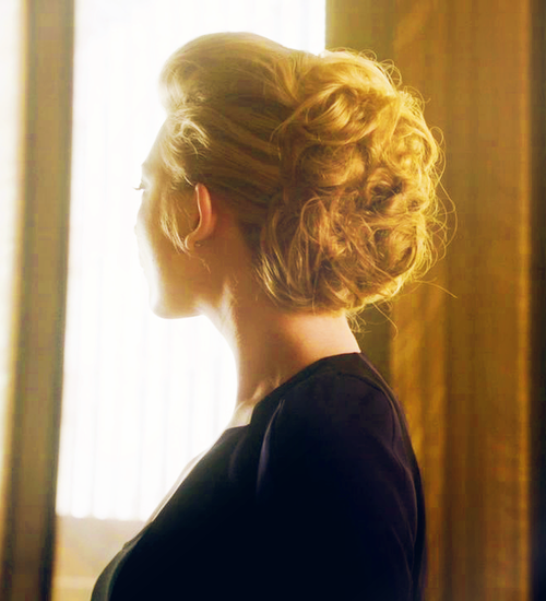 """Natalie Dormer's Up-do in """"Elementary""""  anyone know where to find how to do this?"""