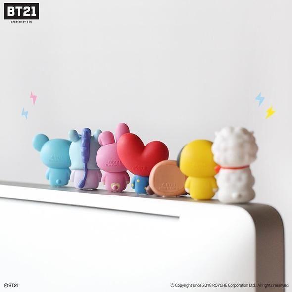752bbc52 Bt21 x royche monitor figure in 2019   WANTS   Kpop merch, Taehyung, Bts