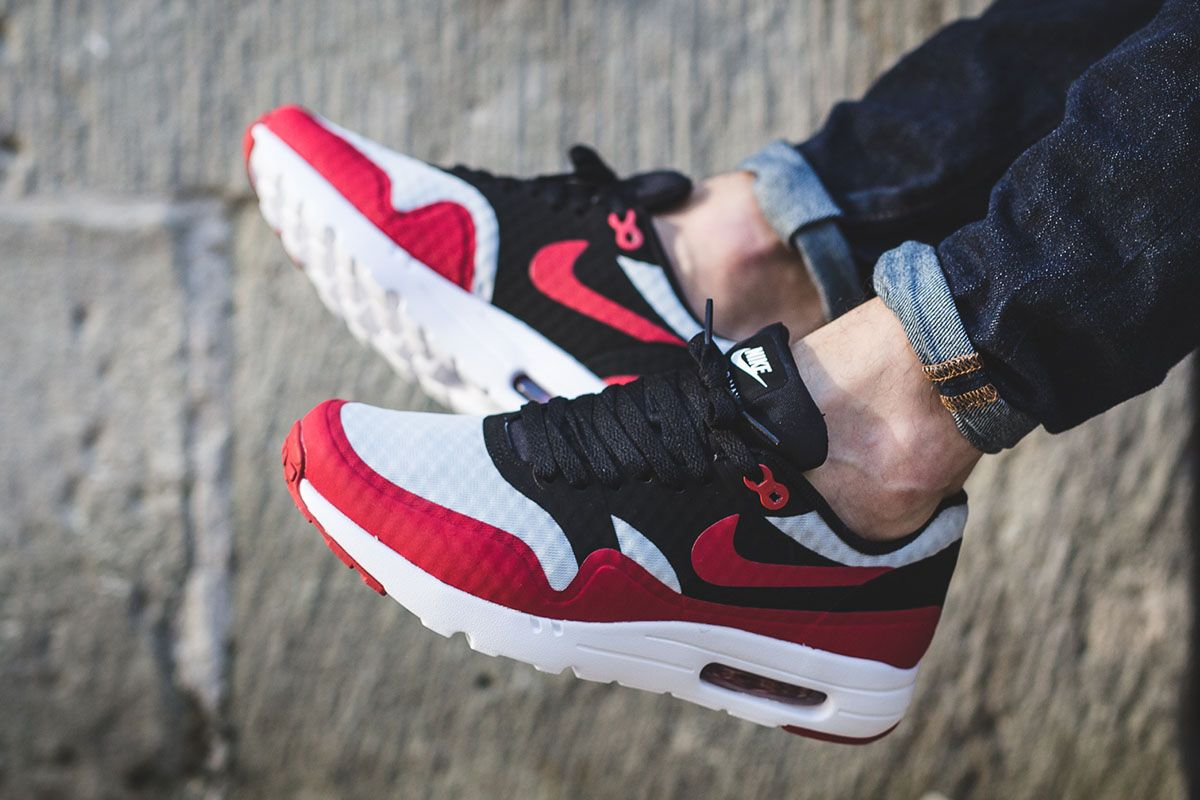 air max 1 black red white